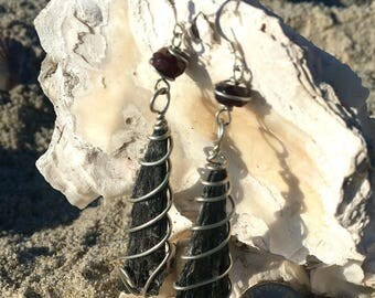 Black kyanite earrings