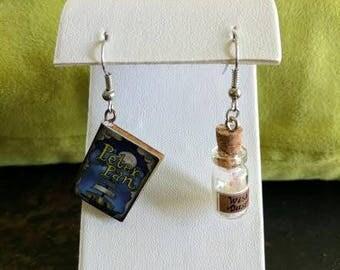 Peter Pan earring set