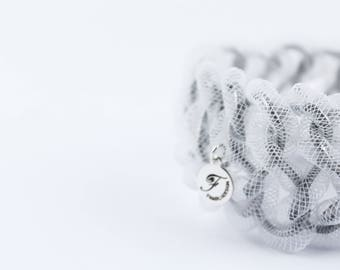 Light colored weave bracelet, bracelet, bracelet band, young, personable, cheerful color, ideal as a gift, bracelet