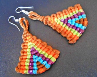 """Earrings are made of """"5 color"""""""