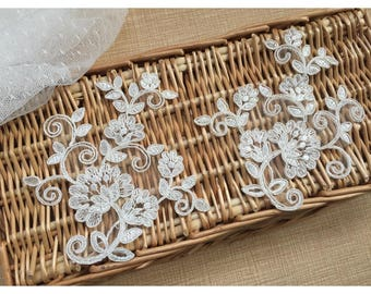 1 Pair Bridal Lace Applique DIY Trim Appliques in Off-white for   Weddings, Sashes, Veils, Headpieces, WL1780