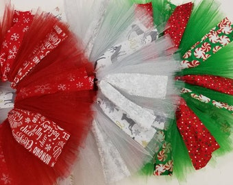 Sparkling Christmas tutu for babies and toddlers with optional bows. Christmas skirt. Holiday skirt. Glitter.