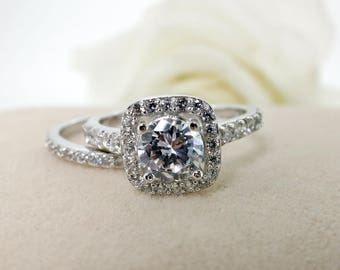 0.5 carat Forever Brilliant Moissanite Engagement ring set with natural diamonds in 14k white gold,Diamond Alternative engagement ring
