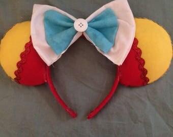 Tweedle Dee and Tweedle Dum Ears