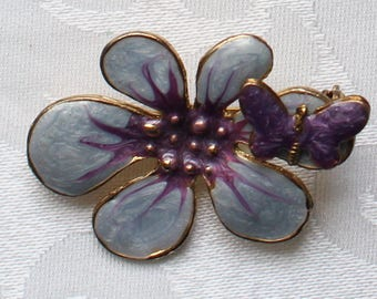 Vintage Large Gold Tone Sculpted Purple, Violet, Periwinkle Enamel Flower Brooch with Butterfly