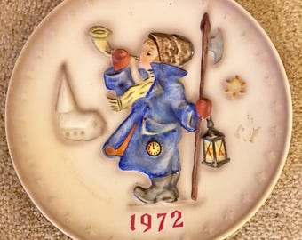 Hummel Plate -1972 Collectable