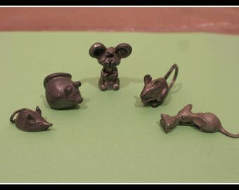 Set of 5 Adorable Miniature Pewter Mice Figurines, Mouse Figurine, Pewter Mouse, Pewter Mice, Mouse With Cheese, Fat Mouse, Cute Mouse