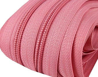 6m endless zipper 5mm with 15 zippers and tails 137 bubblegum