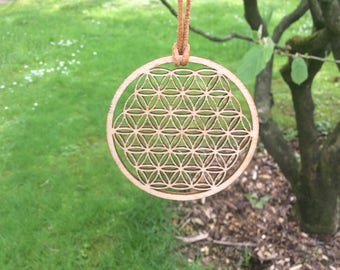 Chain, flower of life