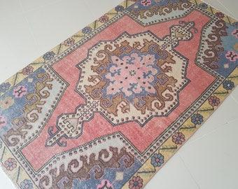 4x7 Pale Colors Turkish Rug,Vintage Turkish Oushak RUG,Muted Colors rug,Turkish Carpet,Low Pile Rug,Office Rug,Nomadic Rug,oushak rug