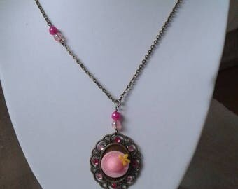Necklace bronze and Pink Hat