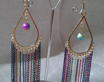 Multicolor golden earrings and chains