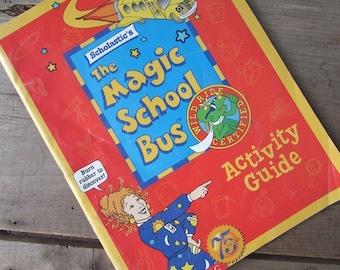 The Magic School Bus Activity Guide Book Season 2 1995