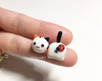 Kawaii cat earrings with lady bug