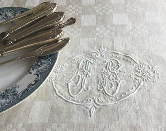 French Antique Tablecloth// Beige Ivory Tablecloth// French Tablecloth with FB Monogram//Linen Damask Tablecloth//French Linen with Monogram