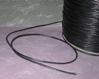 1 m of black waxed cord 1.5 mm in diameter