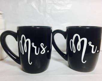 Mr. and Mrs. coffee mugs, Bride and Groom coffee mugs