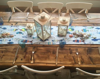 Table runner - beachcomber 'fish' on blue