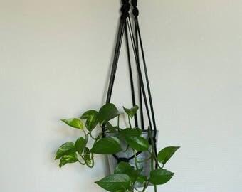 Macrame plant hanger / Macrame plant hanger