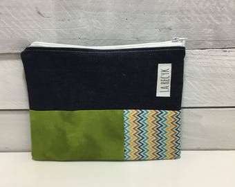 Small pouch, cosmetics, green, chevron, cosmetics
