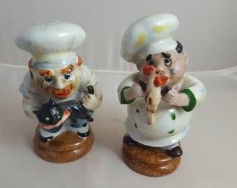 Vtg Chef Figural Salt and Pepper S&P Chicken, Cat
