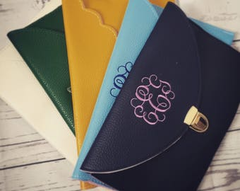 Personalized Envelope Clutch - Choose from 11 Colors - Monogrammed Clutch - Gift