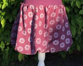 Delicate balloon skirt in dark gr Berry from Muslin. 38-ca 44