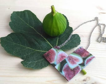 Long necklace made from recycled paper taken from an image of Salento.