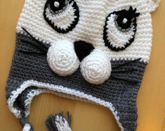 Grey and white cat  hat .