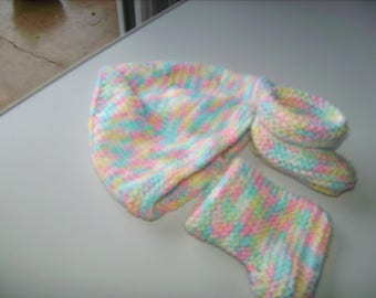 baby set multicolored hat and booties