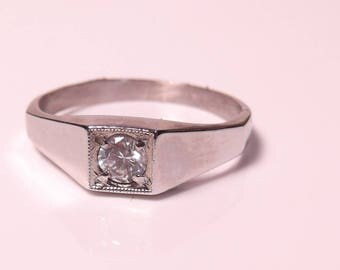 Vintage Silver ring with Zirconia