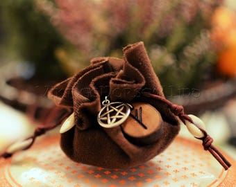 Mojo Bag, Wicca Spell Bags, Good Luck Amulet, Gris Gris Hoodoo Runes Charm Bag, Herbal Bag, Protection Talisman