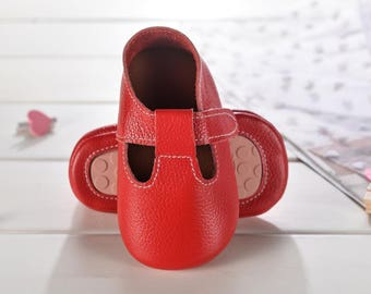 freshly picked moccasins sale,baby leather shoes,leather moccasins baby,best baby shoes,cute baby shoes,soft baby shoes,leather moccasins