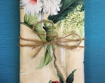 Vintage Leafy Hawaiian Fabric