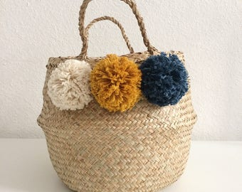 Enter your Thai basket of 3 cotton PomPoms