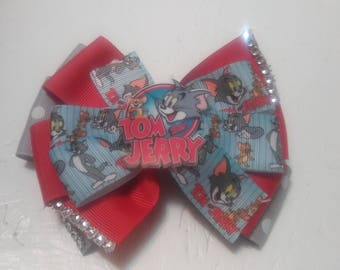 Tom and Jerry bow