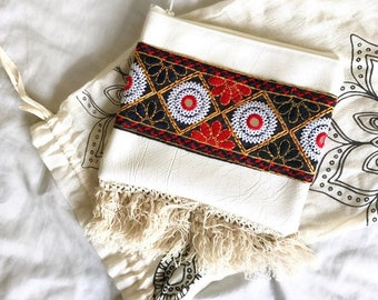 White Mila Clutch