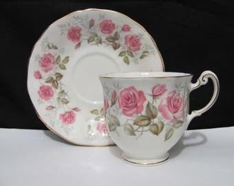 Royal Adderley Devonshire Roses Tea Cup & Saucer England, Pink roses tea cup English cup  Saucer