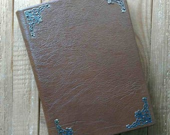 Classic leather undated diary