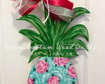 Customizable Pineapple Door Hanger