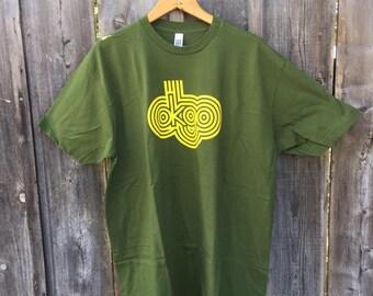 "Indie rock XL ""OKGO"" American Apparel T-Shirt"