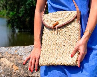 straw bag, straw messenger bag with leather handles - iPad bag case, french market bag, laptop bag, laptop case, straw bag, straw basket