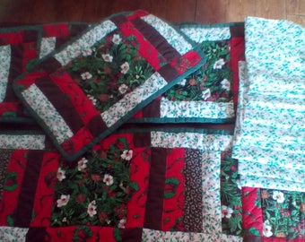 Quilted placemats and table runner