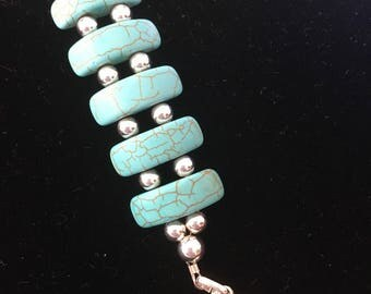 Faux-tabulous turquoise snd silver bracelet, unique  hand crafted
