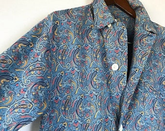 ON SALE 1940s 50s Men's Paisley Print Button Up Shirt