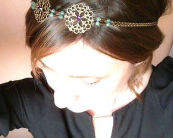 Romantic and Bohemian bronze metal headband and its aventurine