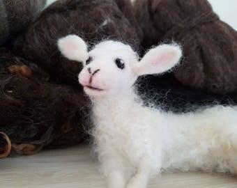 Needle Felted Lamb, Needle Felted Animals, Lamb Miniatures, Lamb Figurines, Felted Baby Sheep, Handmade - READY TO SHIP