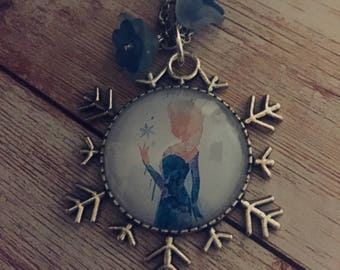 Frozen child necklace