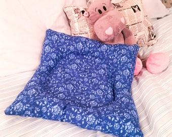 Early Maternal Donut Pillow