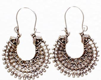 U-Shaped Traditional Design Sliver Earrings for Women